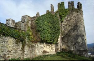 he fortress initially had four towers but only the southeast one remains.