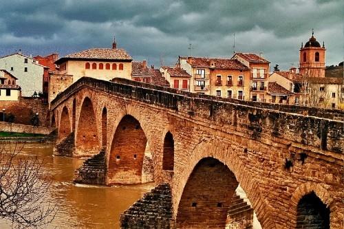 Puente de la Reina by Alfonso NAvarro Tappero