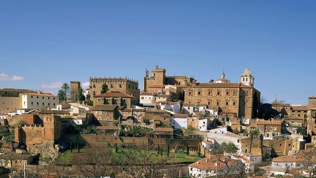 Quince ciudades tesoros de España..