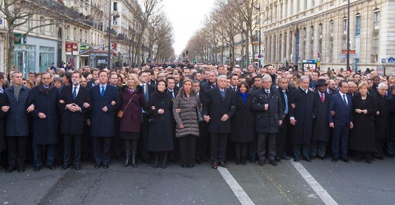 Em Paris33