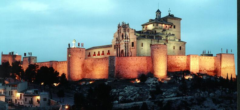 nocturno castillo de caravaca de la cruz 02